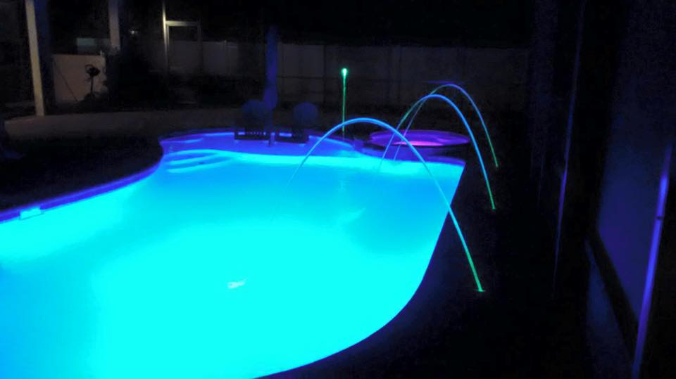 Agua Construction & Agua Pools -Palm Coast LED lights4